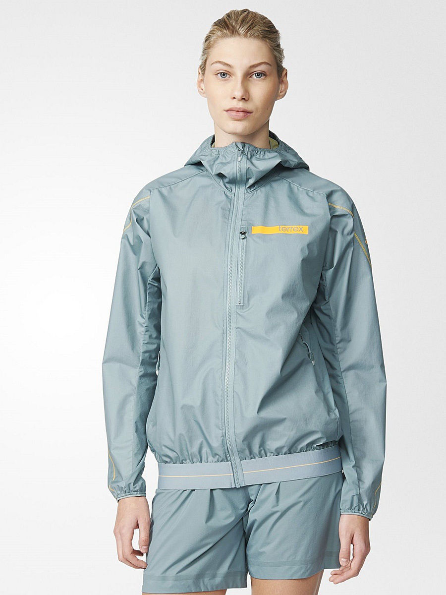 Куртки Adidas Куртка TERREX AGRAVIC HYBRID SOFT SHELL HOODED JACKET пуховик terrex swift icezeit jacket
