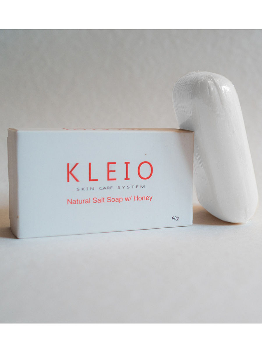 Мыло косметическое Kleio Skin Care System Мыло Natural Salt Soap with Honey мыло косметическое bradex voyage france soap with grape fruit